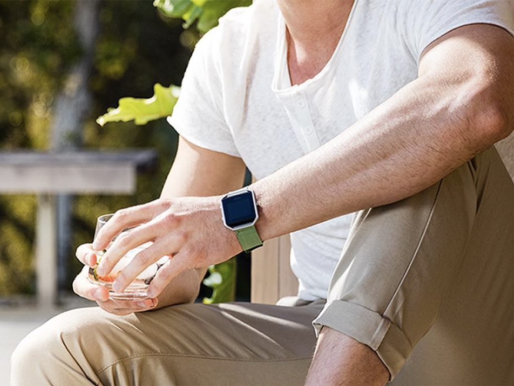 which fitbit is to buy