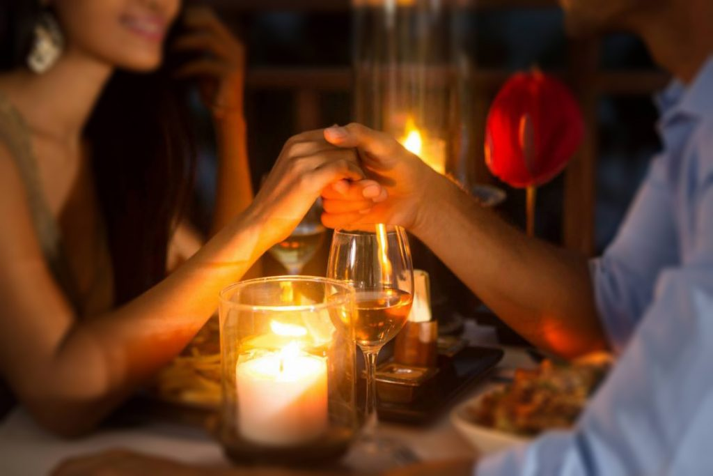 valentines day gift candle light dinner package
